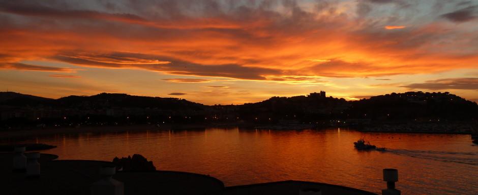 St Feliu at dusk